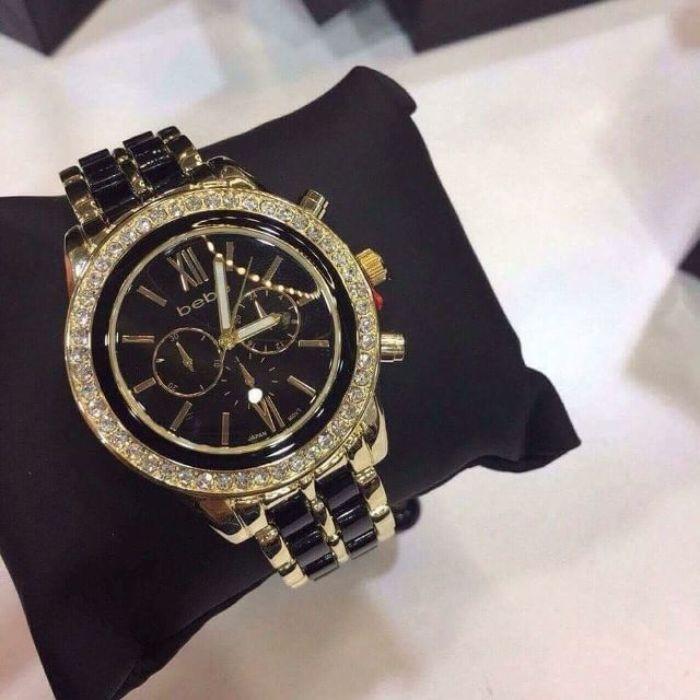 Sử dụng những mẫu đồng hồ có nét cá tính, cuốn hút riêng với nhiều chi tiết thiết kế bất ngờ và ấn tượng mạnh