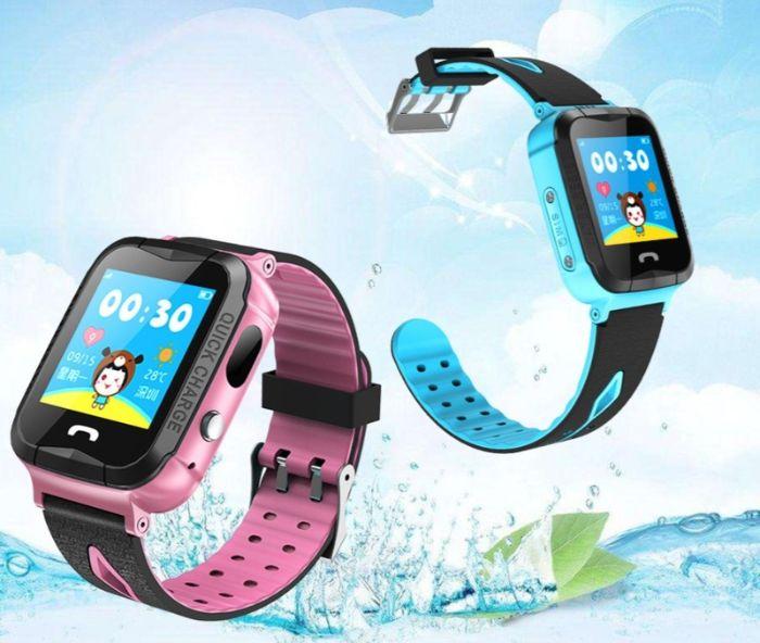 Đồng hồ điện thoại cho bé có rất nhiều màu sắc rất đẹp mắt và nổi bật