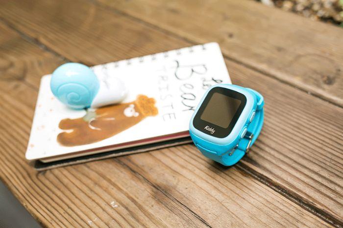Đồng hồ định vị kiddy chạy sim Viettel